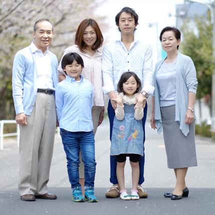 株式会社ヨネヤ 代表取締役 米澤 賢市